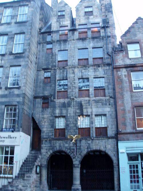 the oldest building in Edinburgh